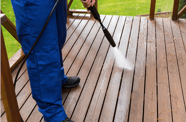 deck cleaning grand rapids