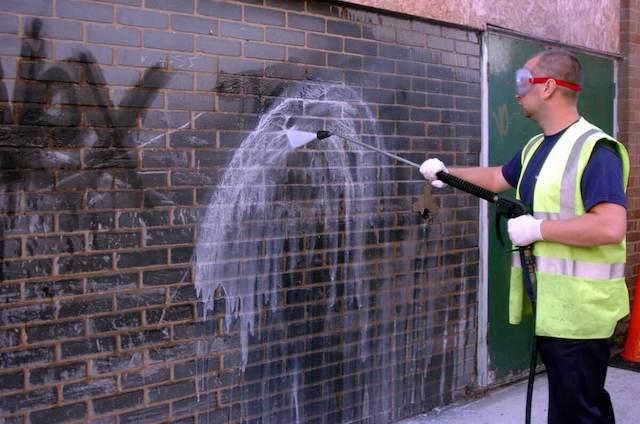 graffiti removal in grand rapids